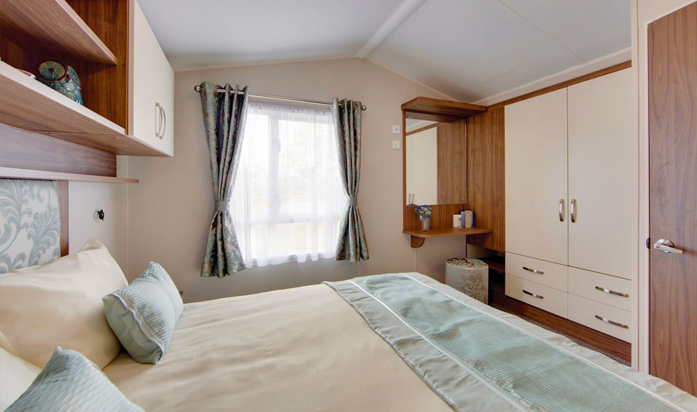 Willerby Avonmore 2018 holiday home double bedroom