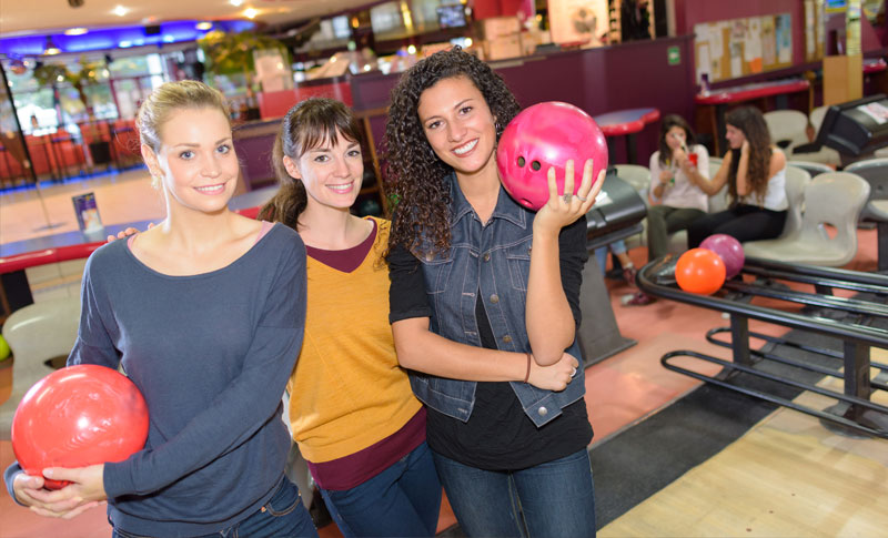 girls bowling in York
